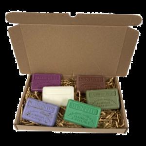 6x Savon de Marseille zeep set Patchouli, Chevrefeuille, Lavendel scrub, Vanille, Huile d'olive, Menthe