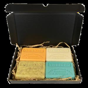 Zeep brievenbuscadeau: Sinaasappel, Bergamot, Citroen scrub, Vetiver